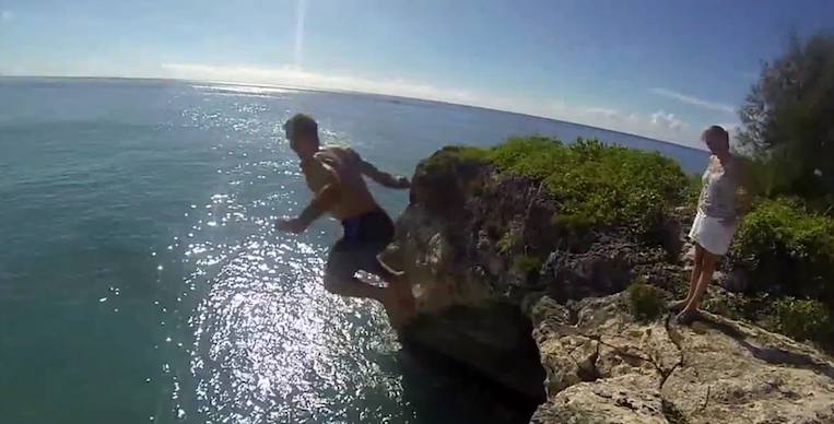 Maho Cliff Jump in St. Maarten