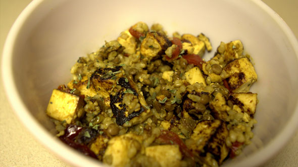Tofu with Brown Rice and Green Lentils