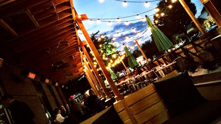 10 favorite patios in richmond virginia 30 is the new 20 for Tazza kitchen